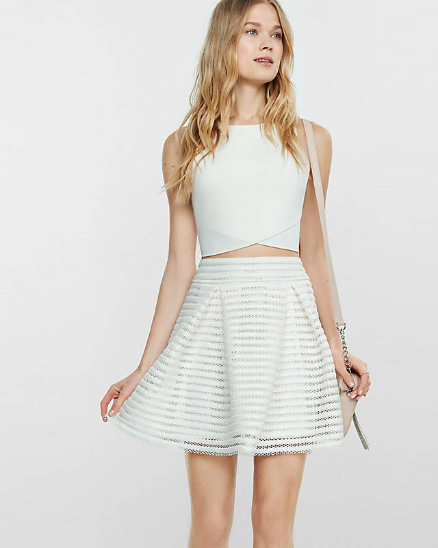Ivory Mesh High Waisted Full Pleated Skirt || Express