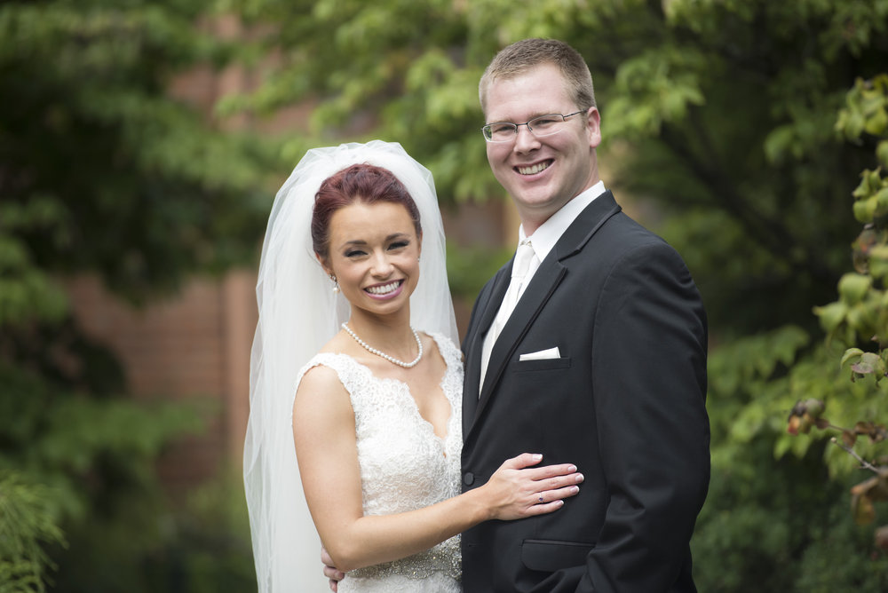 BRIDE&GROOMFORMALS006_1.jpg