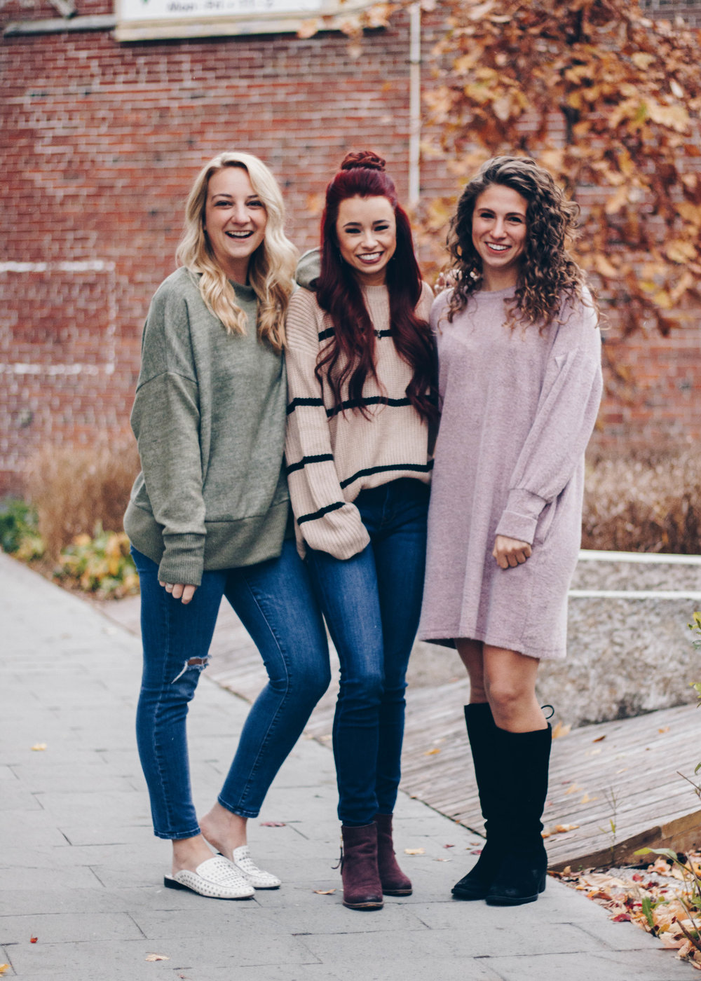 THANKSGIVING OUTFITS GUIDE by Indianapolis fashion blogger Trendy in Indy