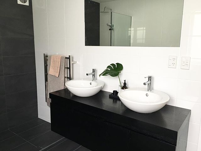 Bathroom reno details up on the blog now | link in bio . . . . . #RADdesign #design #interiordesign #homedecor #home #DIY #renovation #reveal #charcoal #inspiration #Interior #crisp #modern #inspiration #room #crisp #clean #tiles #glass #bathroom #green  #white