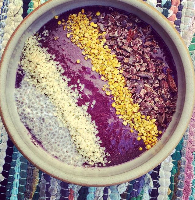glory morning super-bowl! Love these tropical mornings here in Sweden with my super Smoothie bowl filled with antioxidants, magnesium, omega 3, proteins and yummieness! #thesacredcookbook #bevegan #lovefood #vegan #vegansofig #healthyfood #healthy #vegetarian #veganlove #foodie #rawvegan #vegans #veganrecipies #inspiration #foodart #plantbased #tasty #healthylifestyle #veganfoodshare #yogafood #lovevegan #nurture #eatinghealthy