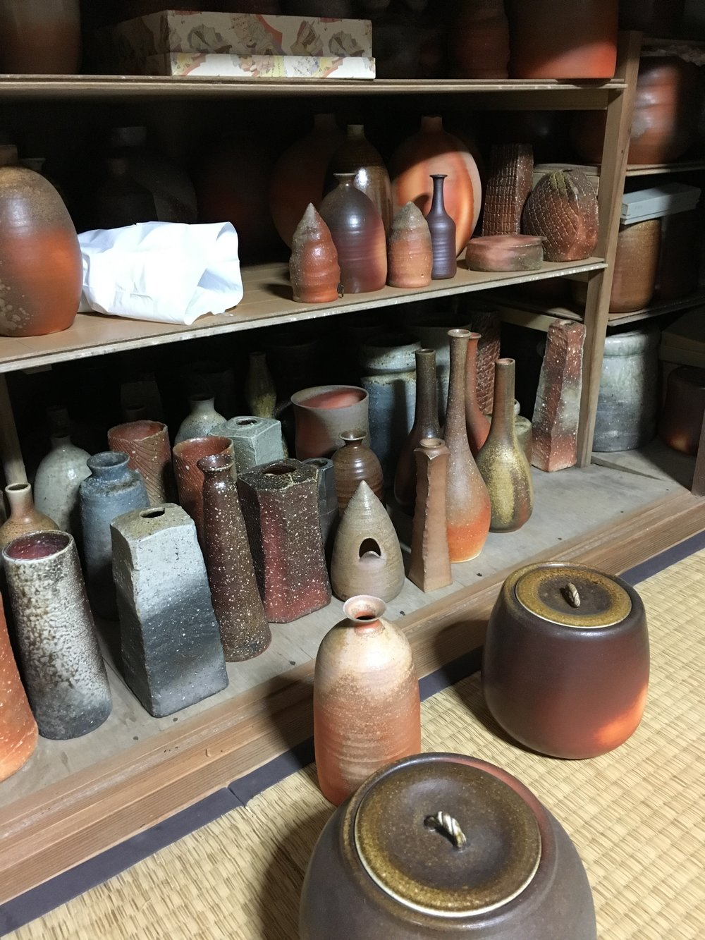 Local and very talented potter showed us his Shigaraki wares.
