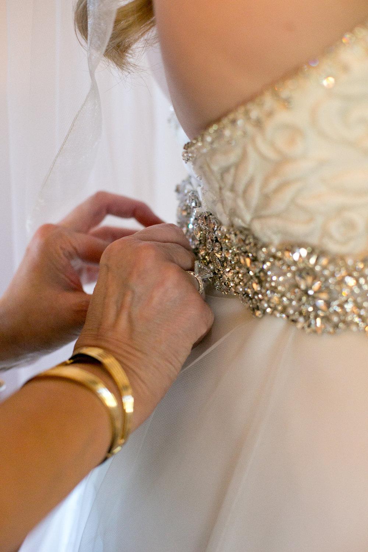 Gregory Wedding-Getting Ready-0088.jpg