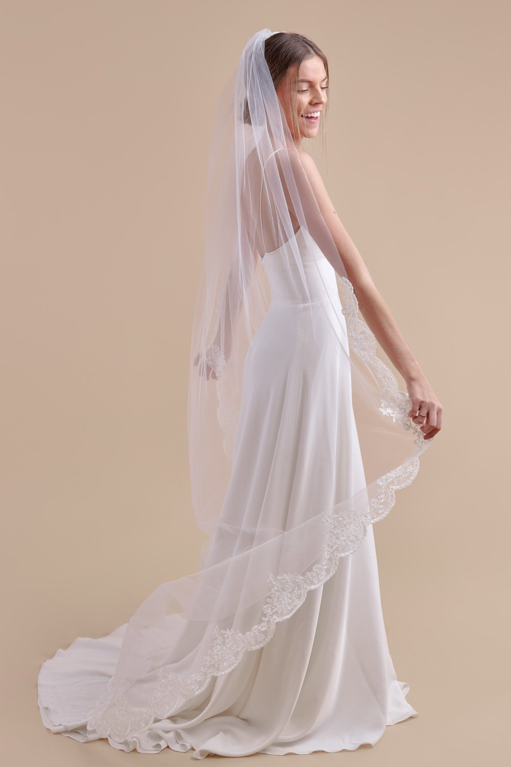 Anomalie, Simply Scalloped Court Length Veil, Affordable Veils.jpg