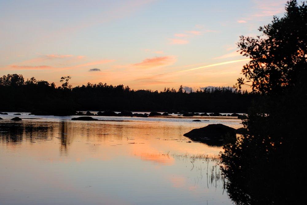 Solnedgang over søen