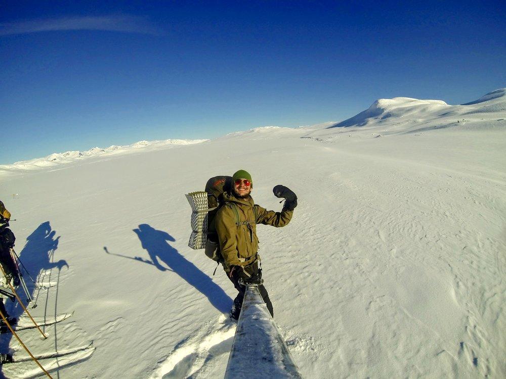 Ski som selfie-stang ude på  Steinbusjøen
