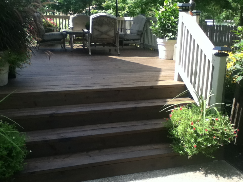 New stair treads to match decking
