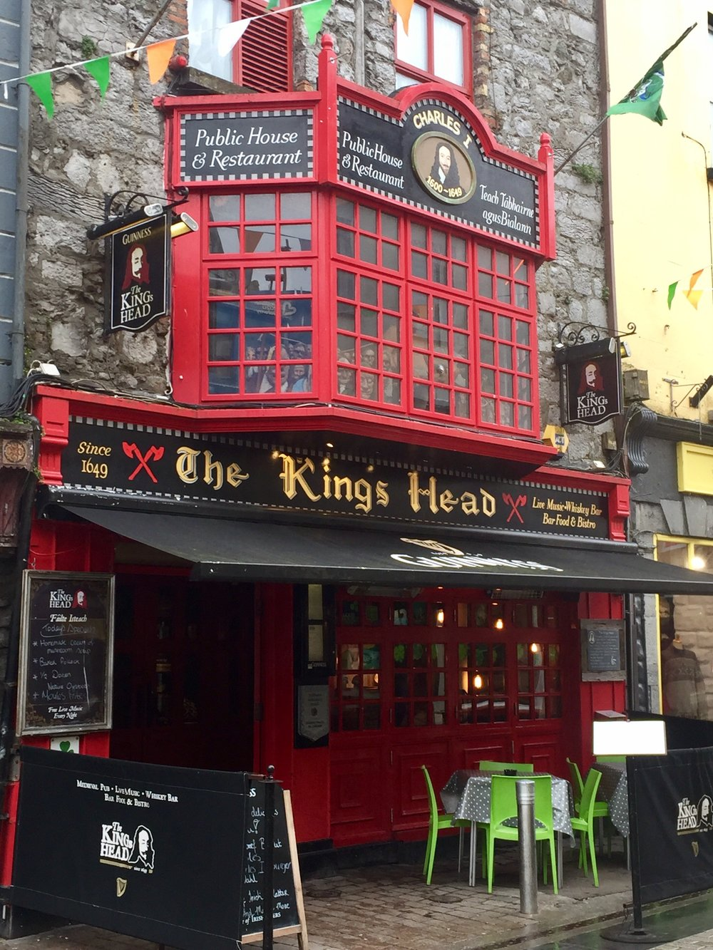 The exterior of the King's Head Tavern