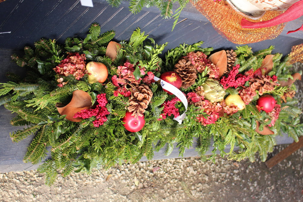 M-Mantle with red apples and pinecones.JPG