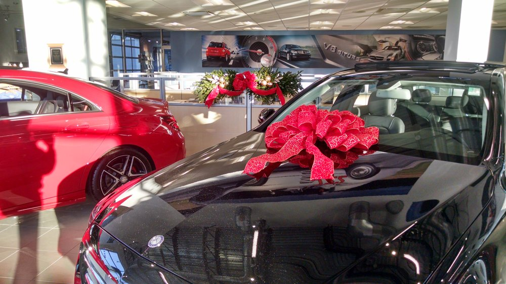 M-mantle-contertop piece in car dealership.jpg
