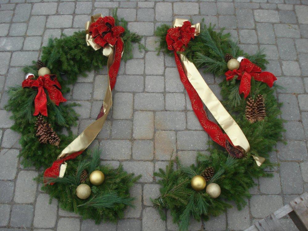 W- Large Gate wreath.jpg