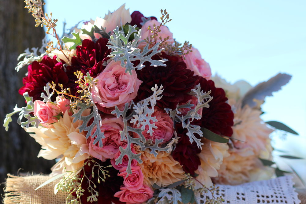 B- Burgundy dahlia  and dusty miller.JPG
