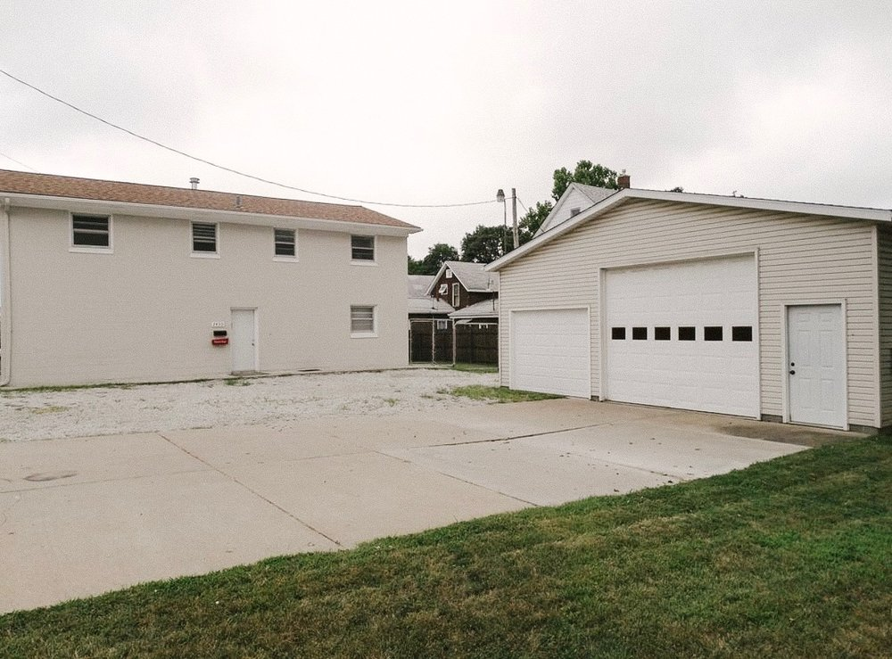 New apartment building & shop in Moline, IL!
