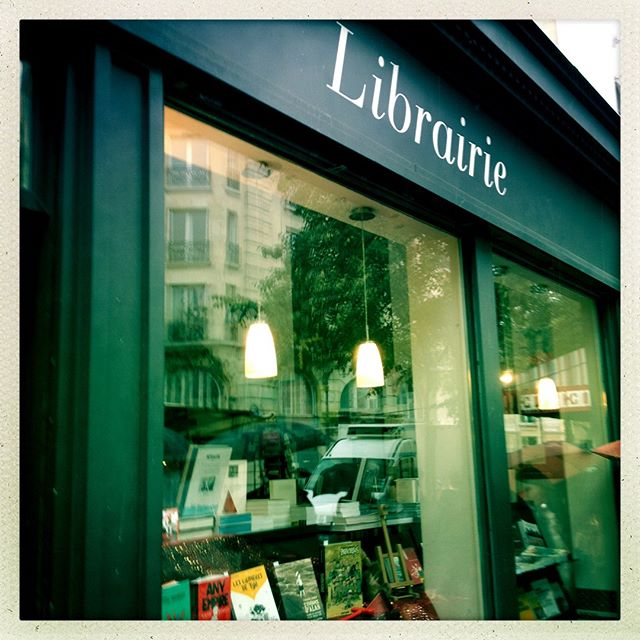 My heart always skipped a beat when I wandered into a quiet bookshop and glimpsed a tapestry of covers. I've never been to so many wonderfully curated shops dedicated entirely to food, design , history. #paris #bookshop #book lover #francophile #bibliophile  #storefronts