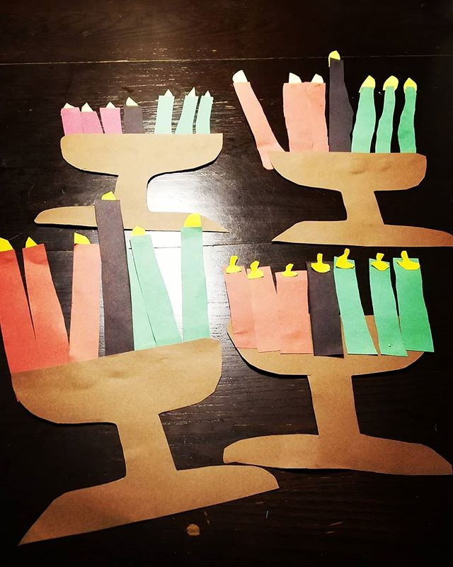 """Simple"" #kwanzaa craft until I remembered I had to let my two 4-year olds use scissors 😣"