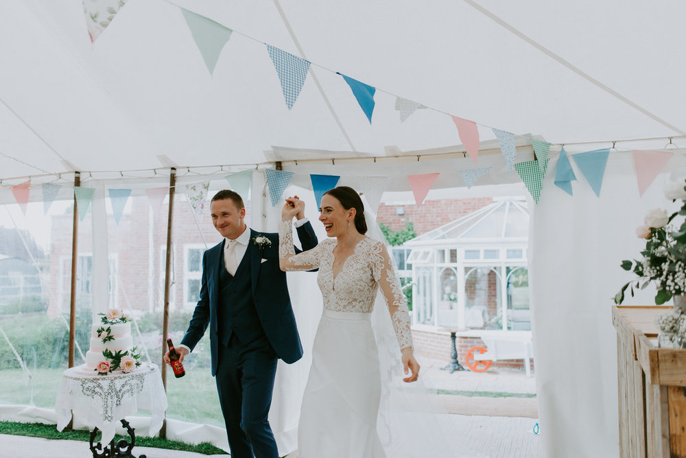 Intimate_Warwickshire_Countryside_Wedding_UK_76.JPG