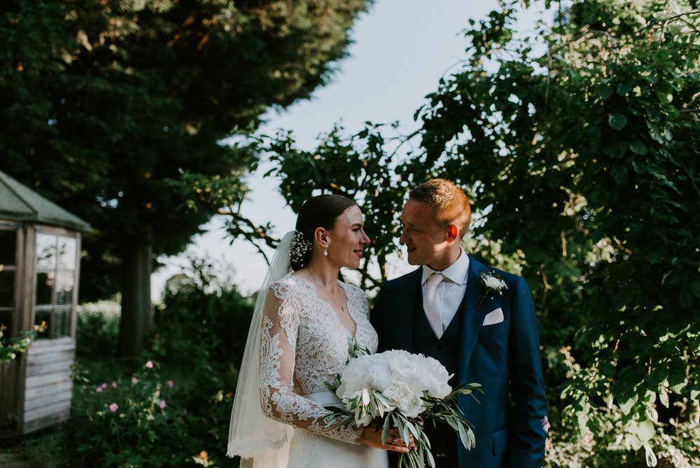 Intimate_Warwickshire_Countryside_Wedding_UK_81.JPG