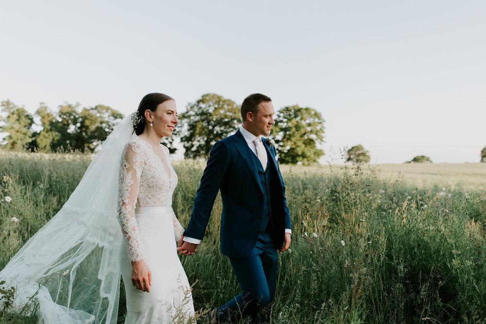 Intimate_Warwickshire_Countryside_Wedding_UK_91.JPG