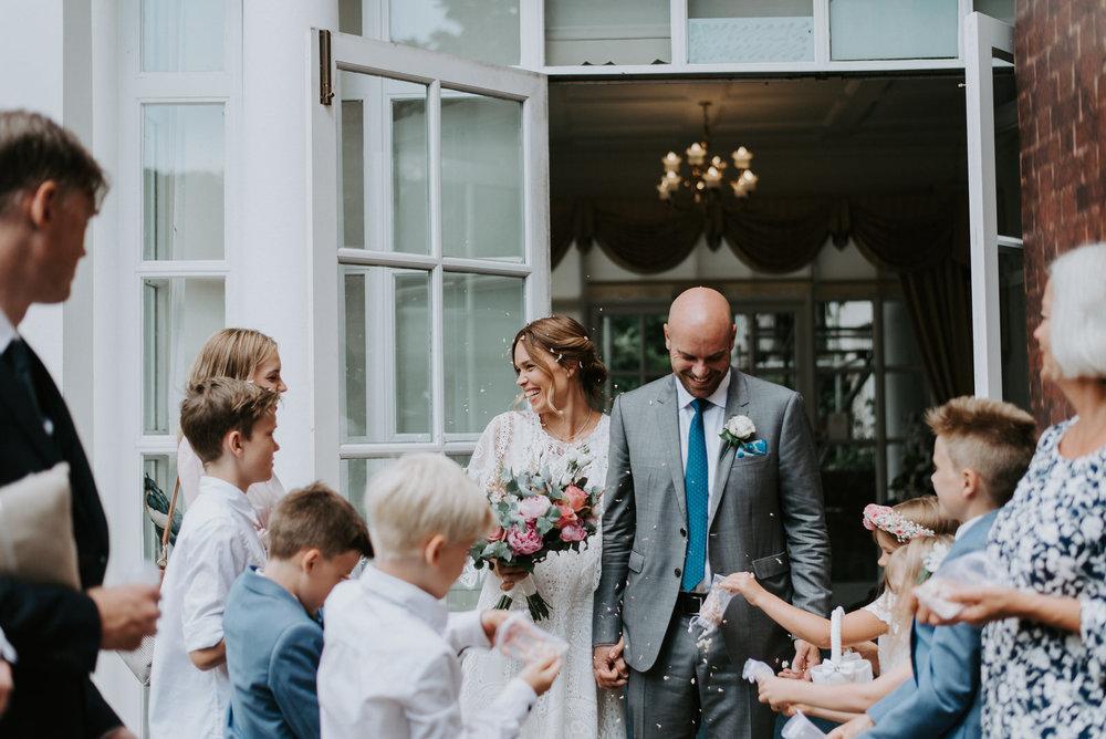 Intimate_Scandinavian_Surrey_Wedding_Leatherhead_19.JPG