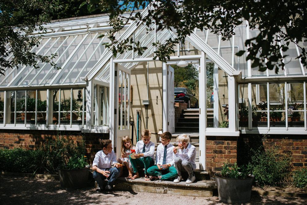 Intimate_Scandinavian_Surrey_Wedding_Leatherhead_23.JPG