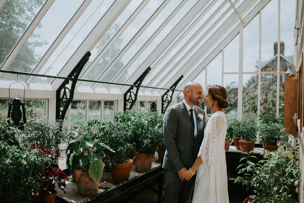 Intimate_Scandinavian_Surrey_Wedding_Leatherhead_31.JPG