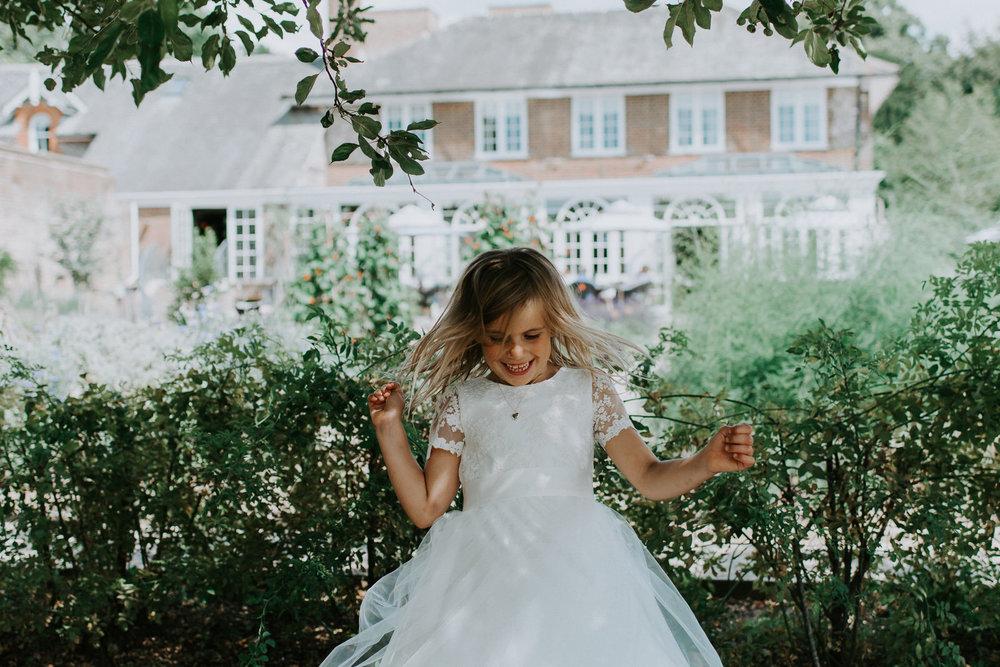 Intimate_Scandinavian_Surrey_Wedding_Leatherhead_35.JPG