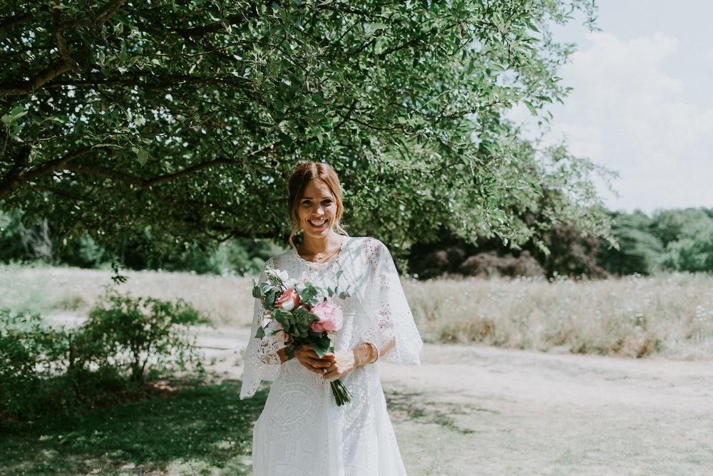 Intimate_Scandinavian_Surrey_Wedding_Leatherhead_37.JPG
