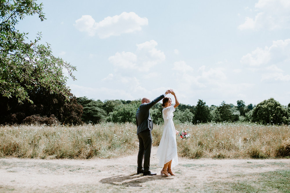 Intimate_Scandinavian_Surrey_Wedding_Leatherhead_41.JPG
