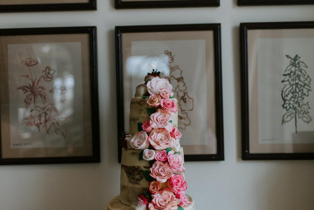 Intimate_Scandinavian_Surrey_Wedding_Leatherhead_43.JPG