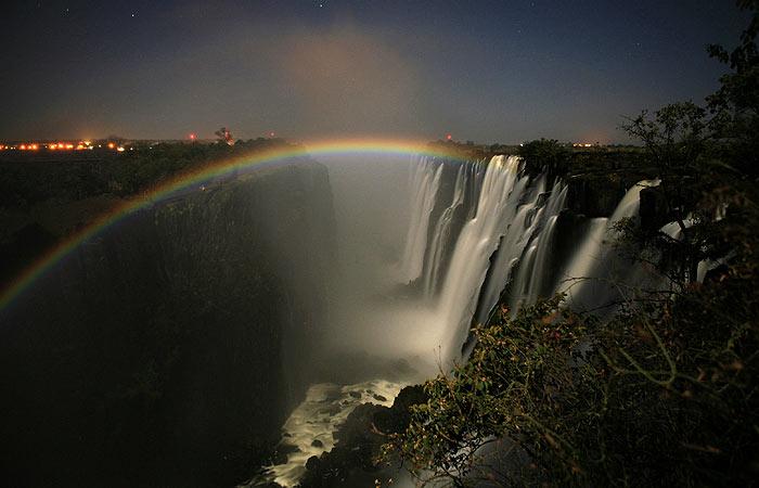 10_lunar_rainbow.jpg