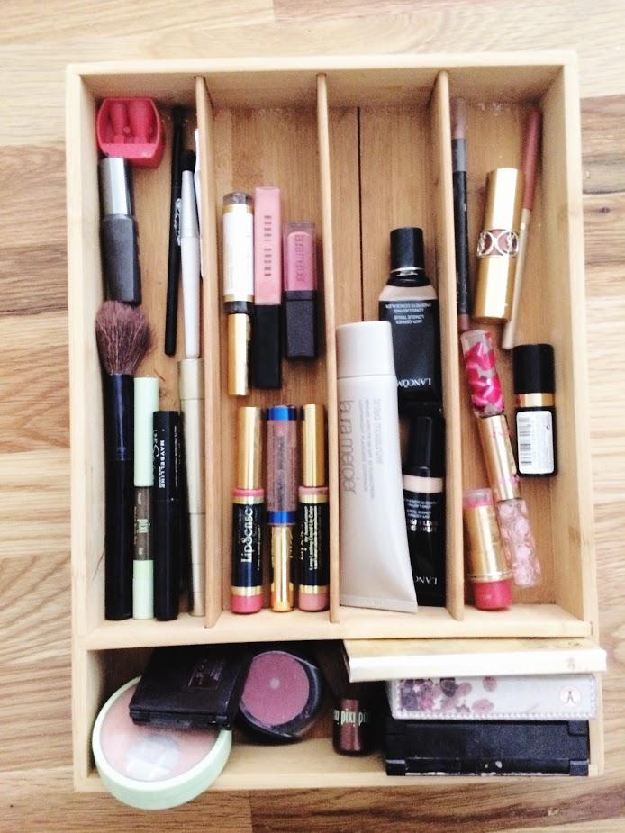 makeup storage.jpg