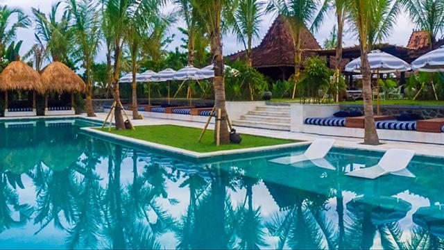 Bali_Komune_2.jpg