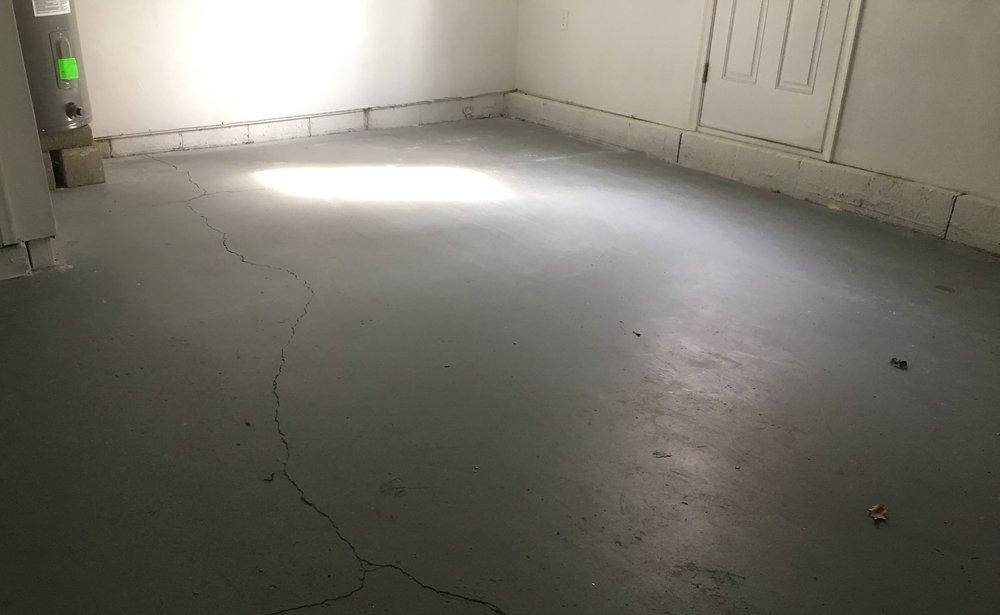 garage_floor_sloping.jpg
