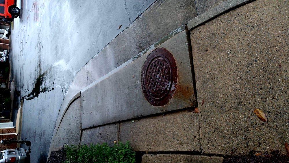 curb_gutter_settling_concrete.jpg