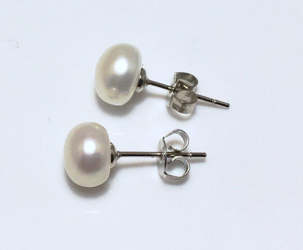 7mm earrings.jpg