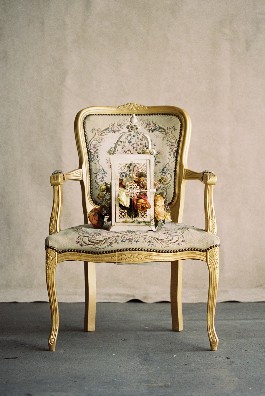 Gold vintage floral chair for wedding | by Lara Lam Photography