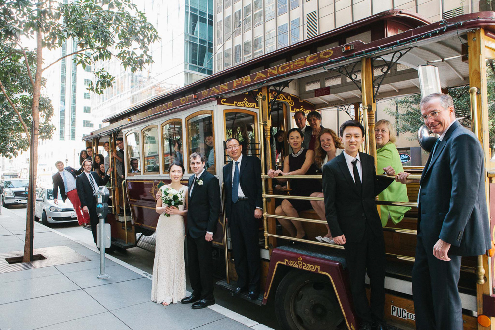 San Francisco cable car wedding photo | California Wedding Photographer Lara Lam