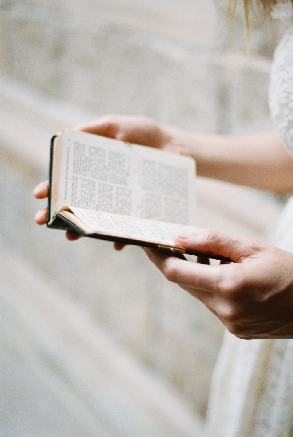 all-saint-church-wedding-pasadnea-wedding-photography-lara-lam-15.jpg