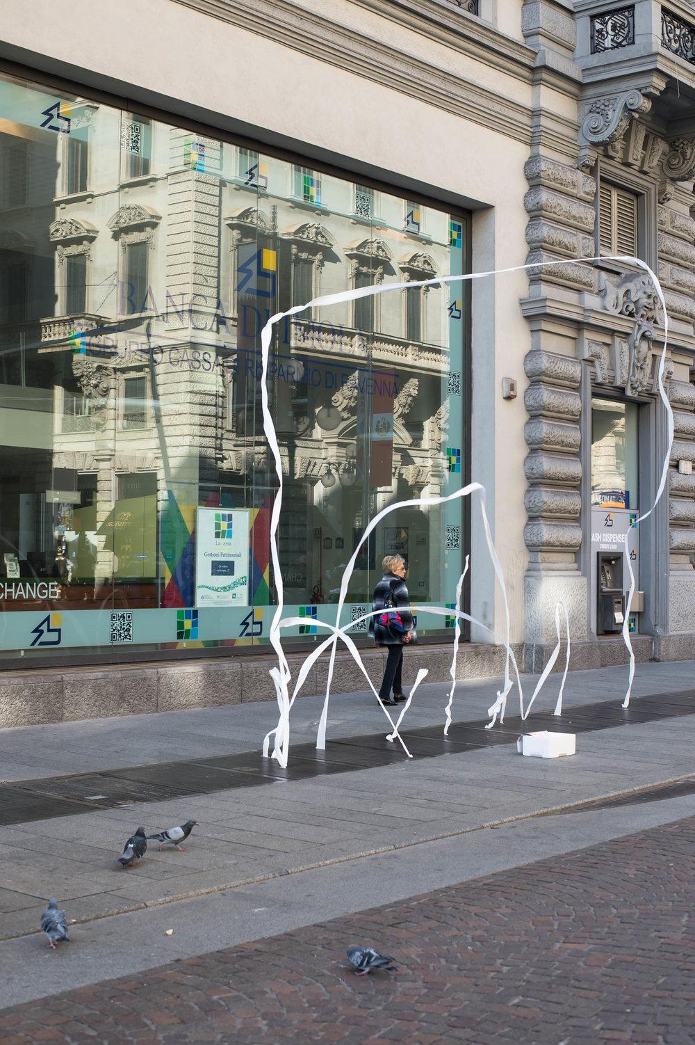2015_11_08 milano_italia street tissue 1 V1.jpg
