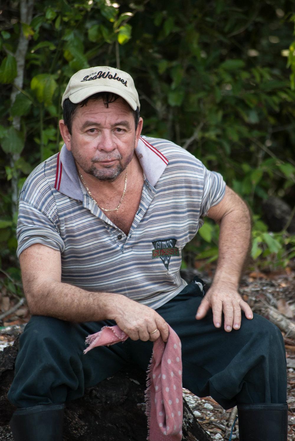 2008_05-24 Campesino Tikal Guatemala.jpg