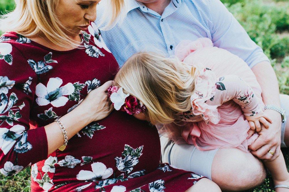 www.emilyobrienphotography.net-dench-maternity-32.jpg