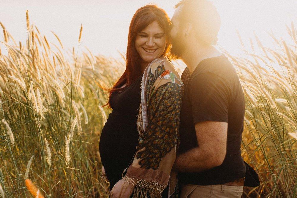 darwin-maternity-session-www.emilyobrienphotography.net-10.jpg