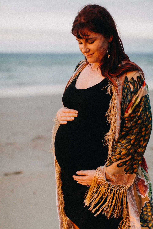 darwin-maternity-session-www.emilyobrienphotography.net-17.jpg