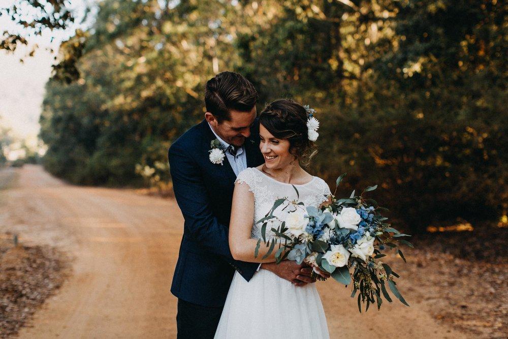 kangaroo-valley-bush-retreat-wedding-lydia-nate-www.emilyobrienphotography.net-102.jpg