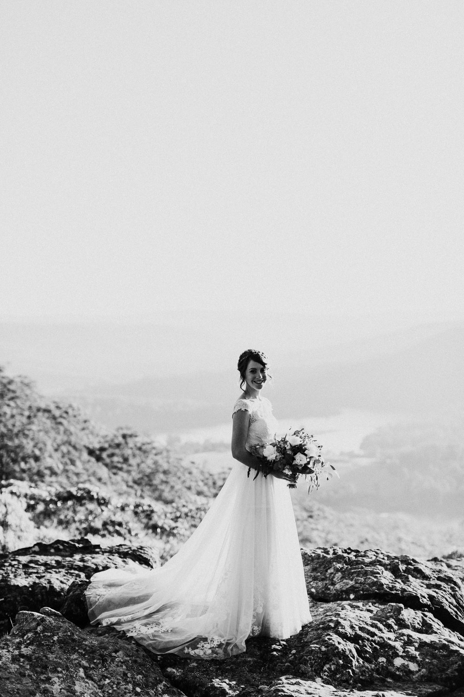 kangaroo-valley-bush-retreat-wedding-lydia-nate-www.emilyobrienphotography.net-121.jpg