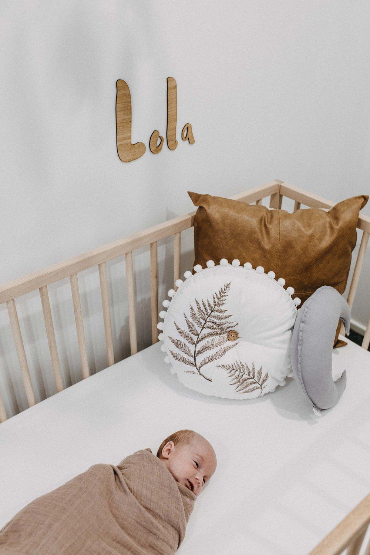 twin-newborn-photography-camden-macarthur-14.jpg