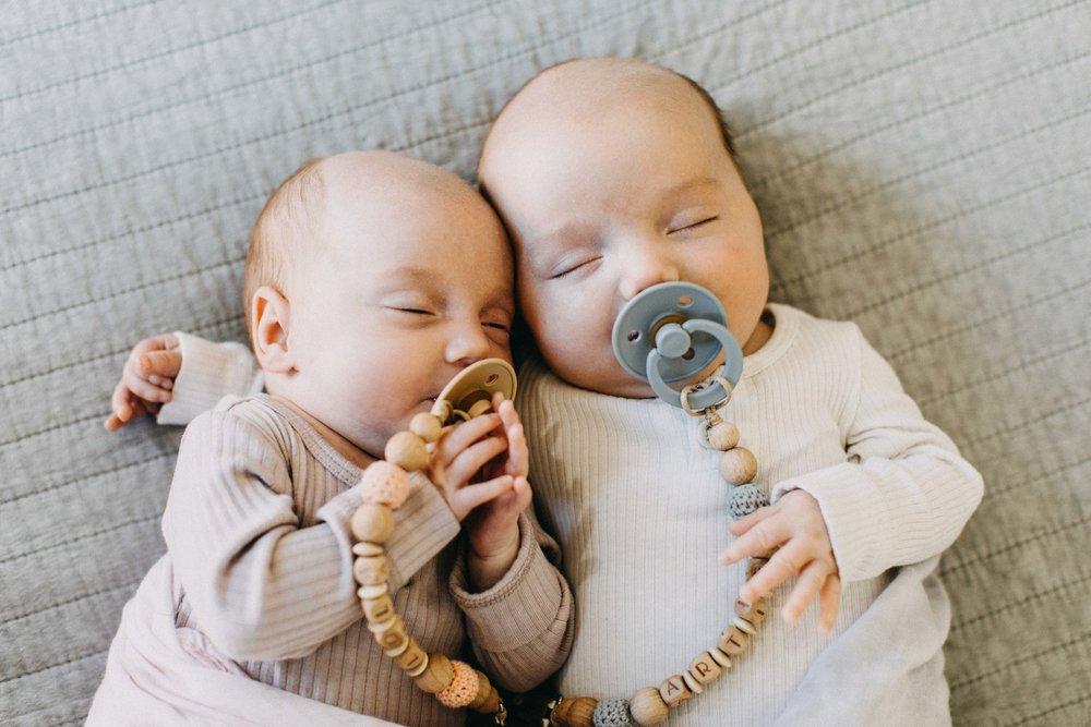 twin-newborn-photography-camden-macarthur-51.jpg