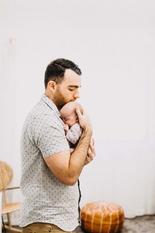 twin-newborn-photography-camden-macarthur-58.jpg