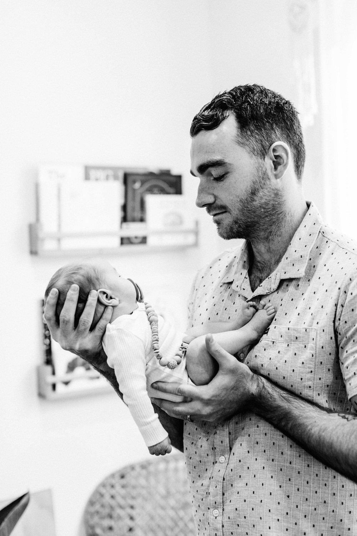 twin-newborn-photography-camden-macarthur-62.jpg