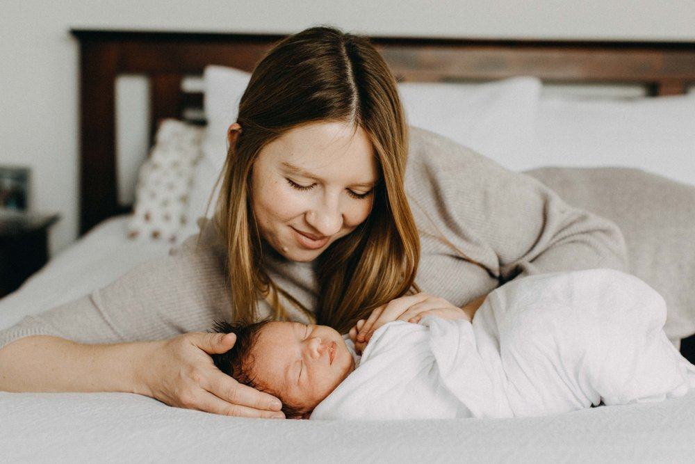 bulli-newborn-lifestyle-photography-www.emilyobrienphotography.net-31.jpg